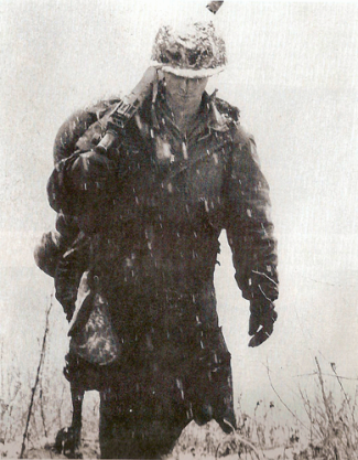 korean-war-soldier_300